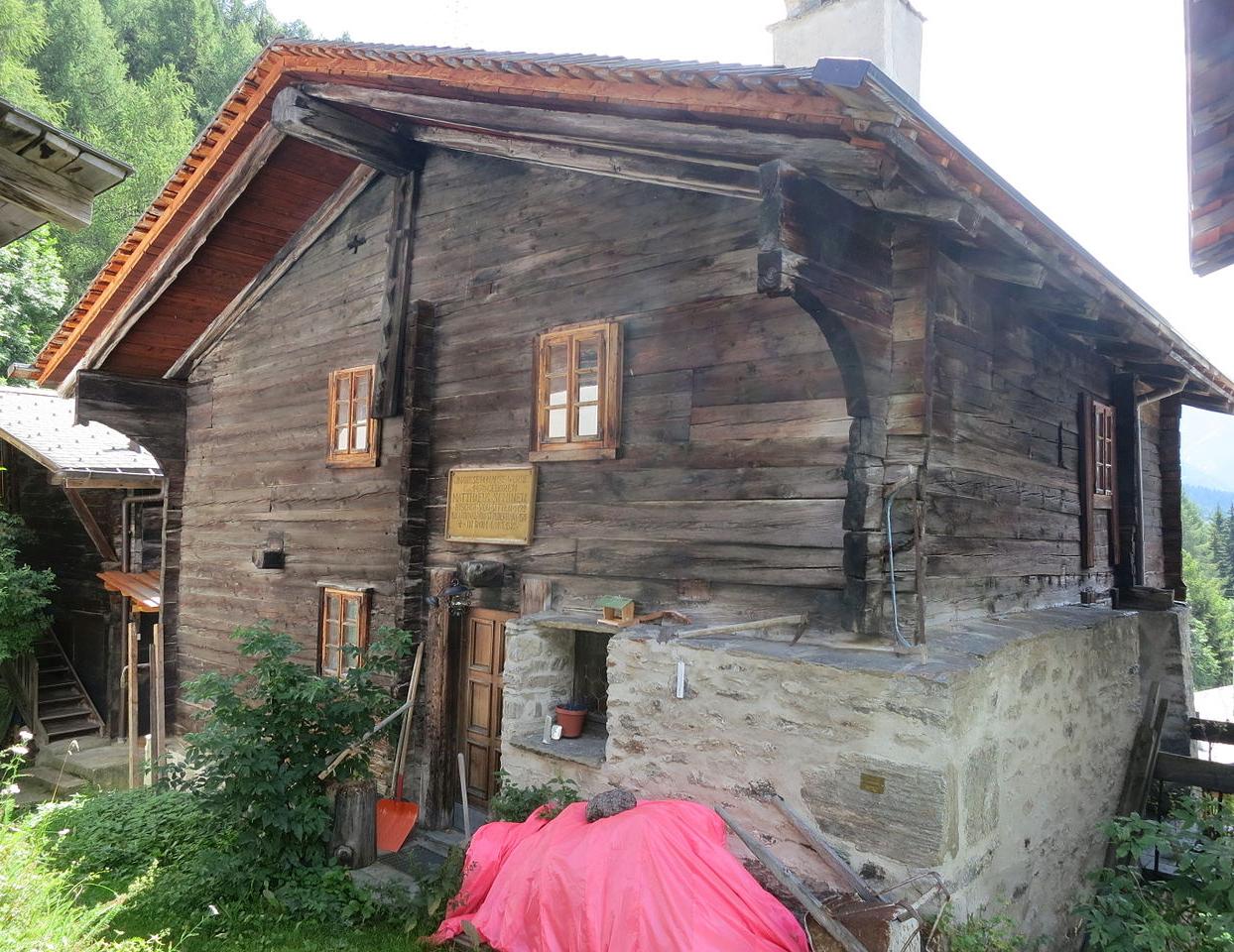 Hier Findest Du Die Altesten Holzhauser Der Schweiz